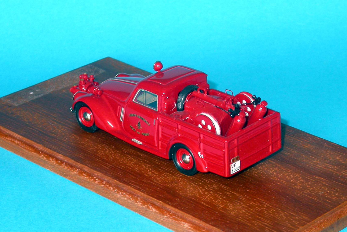 Brianza: Fiat 1500 Fire 1936 (84) in 1:43 scale . Picture provided by Mauro, 2007-09-08 04:28:49